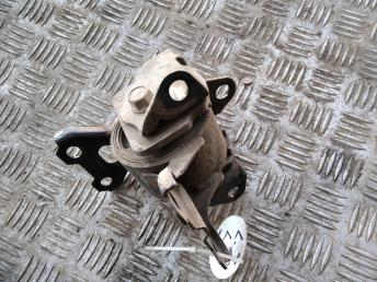 Опора двигателя левая Mitsubishi ASX/Lancer 10 1.6 2910A109