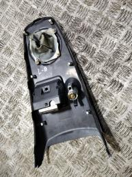 Консоль Mitsubishi Lancer 9 MR651615