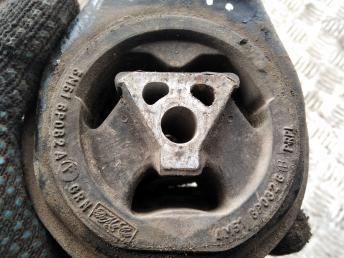 Опора двигателя задняя Ford Focus 2 3M516P082AF