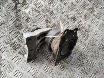Опора двигателя правая Skoda Fabia 2 6R0199167AG