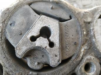 Опора двигателя задняя Citroen-Peugeot 1807HE