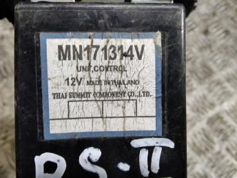 Блок управления Mitsubishi Pajero Sport 2 MN171314