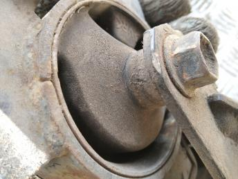 Опора двигателя задняя Toyota 1237122170