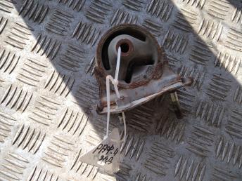 Опора двигателя задняя Toyota RAV 4 2 1237128030