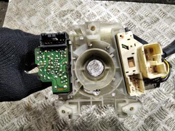 Переключатель подрулевой Mitsubishi Galant EA MR459860