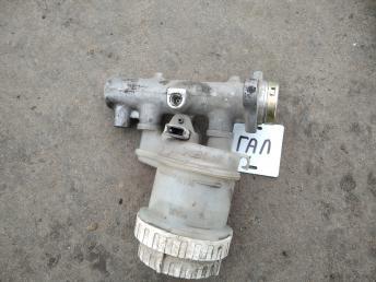 Цилиндр тормозной главный Mitsubishi Galant EA MR475973