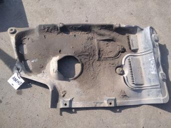Пыльник двигателя центральный Toyota Avensis 2 5140505010