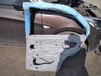 Дверь задняя правая Hyundai Accent ТаГАЗ 7700425030