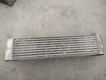Радиатор интеркулера BMW 7 E65/E66 17517790846