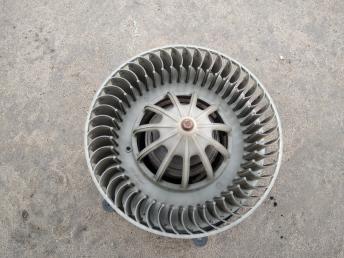 Моторчик печки BMW 7 E65/E66 64116913402