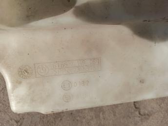 Бачок омывателя BMW 7 E65/E66 61667148064