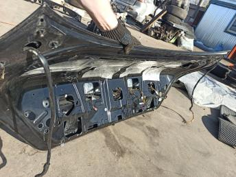 Крышка багажника BMW 7 E65/E66 рестайлинг 41627138460