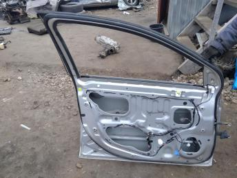 Дверь передняя левая Mitsubishi Lancer 10 5700A557