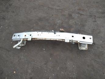 Усилитель переднего бампера Mitsubishi Lancer 10 6400C639