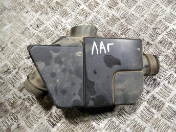 Резонатор воздушного фильтра Renault Laguna 2 8200028632
