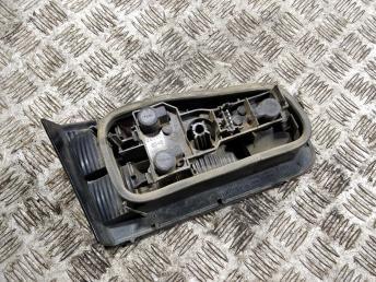 Фонарь задний правый внутренний Renault Laguna 2 8200002476