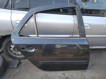 Дверь задняя правая Renault Laguna 2 8200001891