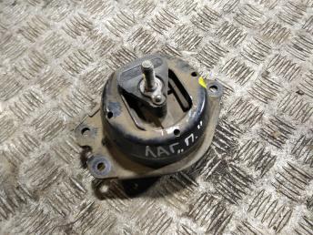 Опора двигателя правая Renault Laguna 2 8200052026
