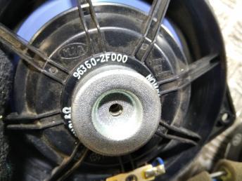 Динамик штатный Kia Cerato 1 963602F000