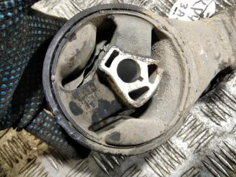 Опора двигателя задняя Chevrolet Cruze 13248630
