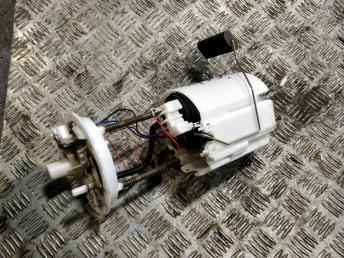 Насос топливный Chevrolet Cruze 13586317