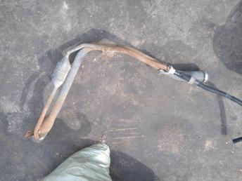 Топливно-заливная горловина Chevrolet Cruze 13260936