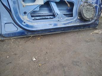 Дверь передняя левая Peugeot 407 9002X3