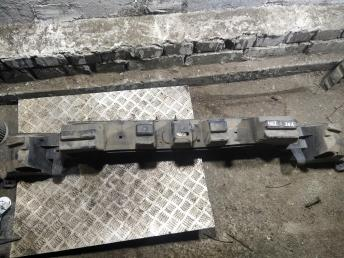 Наполнитель заднего бампера Peugeot 407 742230