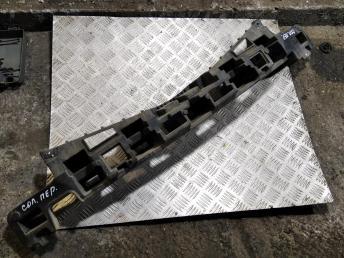 Наполнитель переднего бампера Hyundai Solaris 865804L500