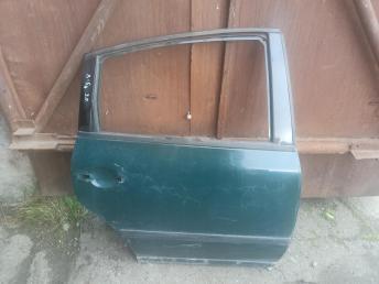 Дверь задняя правая Volkswagen Passat B5 3B5833052AB
