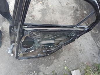 Дверь задняя правая Ford Mondeo 3 1446441