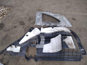 Обшивка багажника левая Honda CR-V 3 84685SWWE01ZA