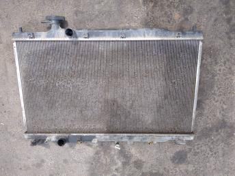 Радиатор охлаждения Honda CR-V 3 19010RZAA51