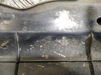 Планка замка капота Toyota Corolla E12 5314102010
