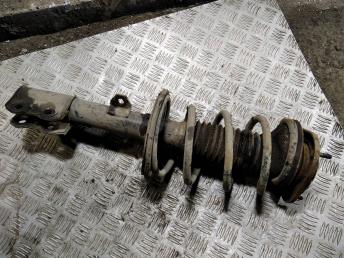 Стойка передняя правая в сборе Toyota Corolla E120 4851080103
