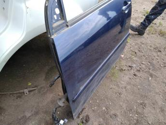 Дверь передняя левая Toyota Corolla E12 6700213130