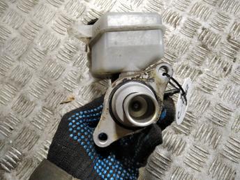 Цилиндр тормозной главный Citroen C-Crosser 4601W0