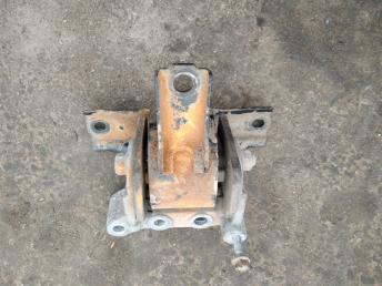 Опора двигателя правая Citroen C-Crosser 1807FS