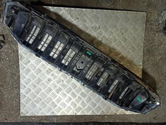 Решетка радиатора Suzuki SX4 рестайлинг 2016 7174064R01C48