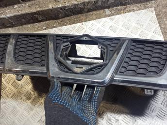 Решетка радиатора Suzuki Vitara 7211060R00BVW