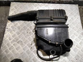 Корпус воздушного фильтра Fiat 51806861