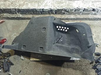 Обшивка багажника Skoda Octavia A7