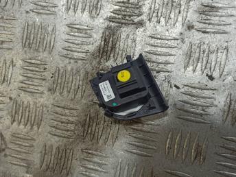 Кнопка регулировки зеркала Skoda Octavia A7 5E0959565B