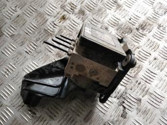 Блок ABS (насос) Skoda Octavia A7 5Q0614517