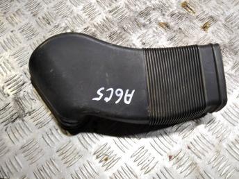 Воздуховод VAG 8D0129617E
