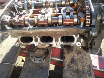 Головка блока левая Audi A6 C5/A4 B5 2.4 078103067BQ