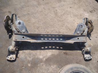 Балка задняя Skoda Octavia A7 5Q0501049D