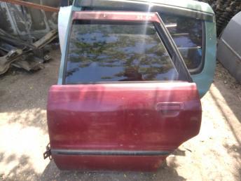 Дверь задняя левая Audi 80 B4
