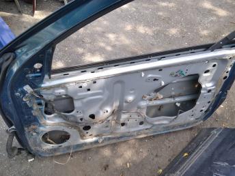 Дверь передняя правая Nissan Almera N16 купе