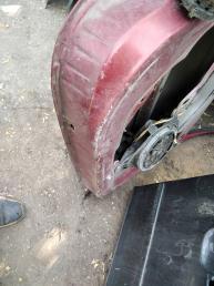 Дверь передняя правая Peugeot 206